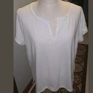 NWT!J.Crew Ladie's White Split Collar Top Size XL.
